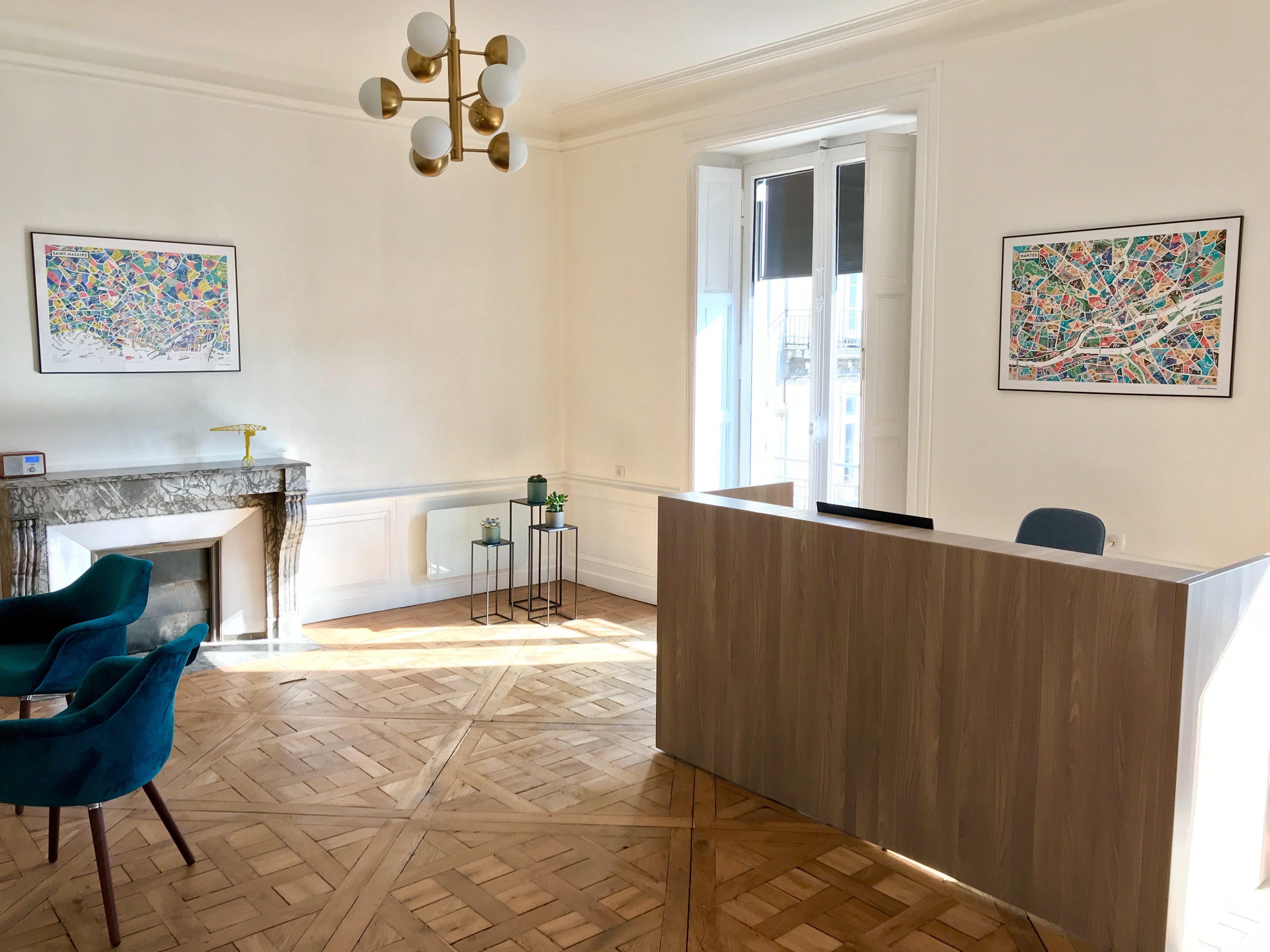 Salle d'accueil de l'étude de Me Romain MAGANA Notaire à Nantes